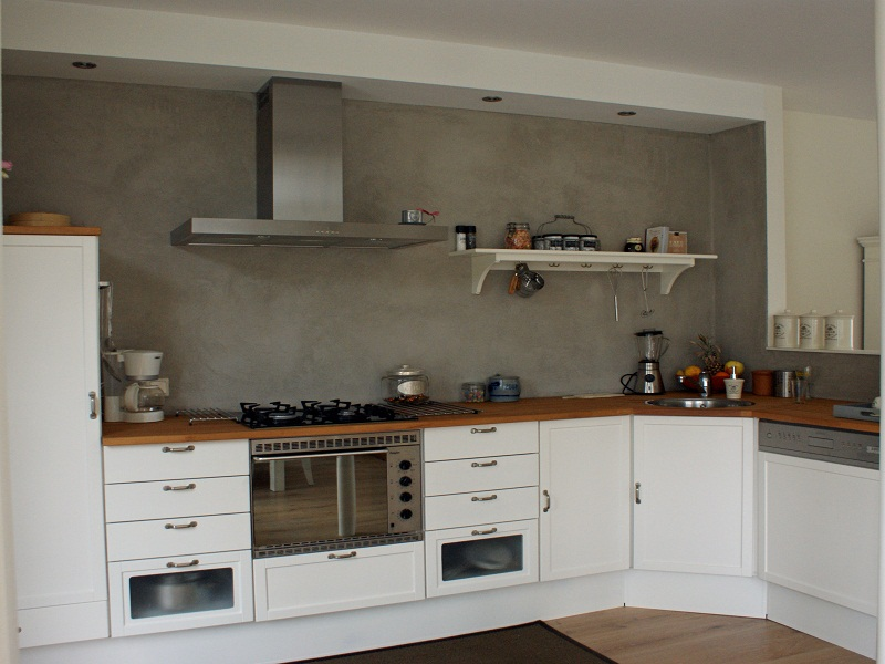 De spaan showroom stucwerk keukens achterwanden project en gelderland - Tegelwand idee keuken ...