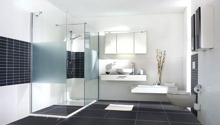 https://www.despaanshowroom.nl/wp-content/uploads/de-spaan-showroom-badkamers-modern-01.jpg